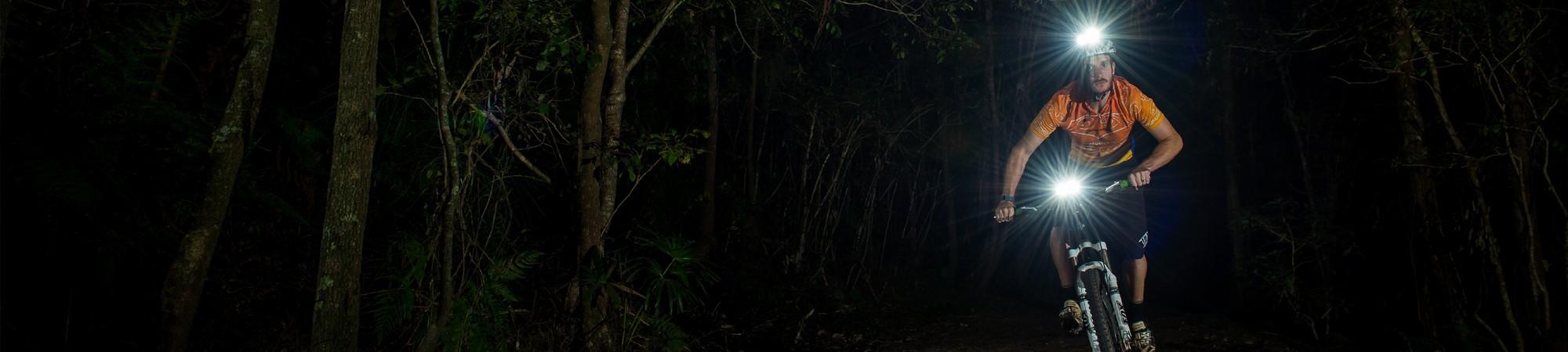 mtb i mørket med cykellygte