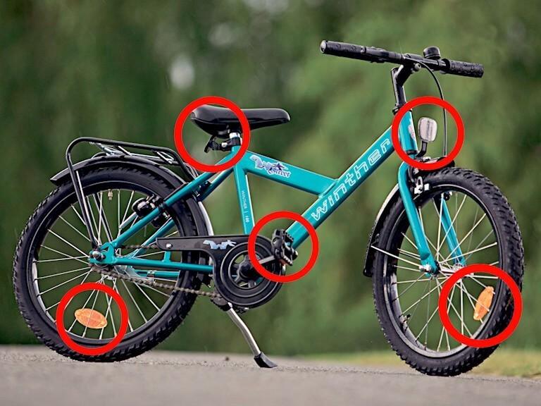 refleks-placeringer-paa-en-cykel